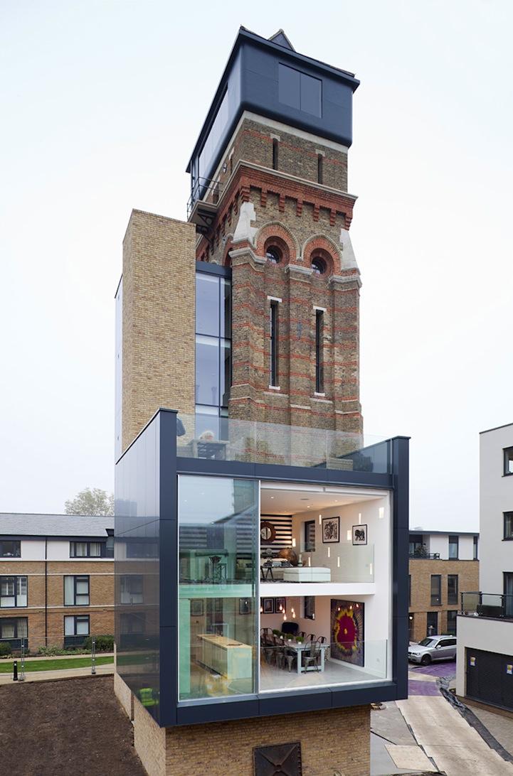 Как водонапорная башня современным домом стала