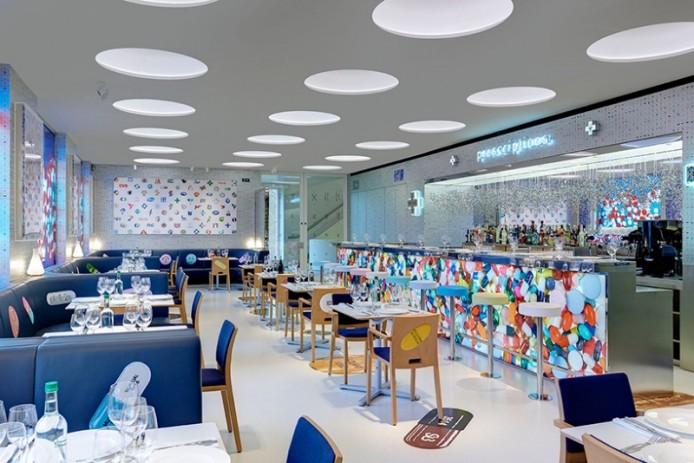 Ресторан-аптека от Damien Hirst