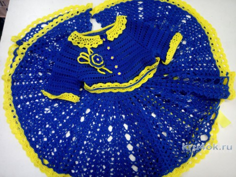 Детское платье крючком Незабудка. Работа Надежды Юсуповой вязание и схемы вязания